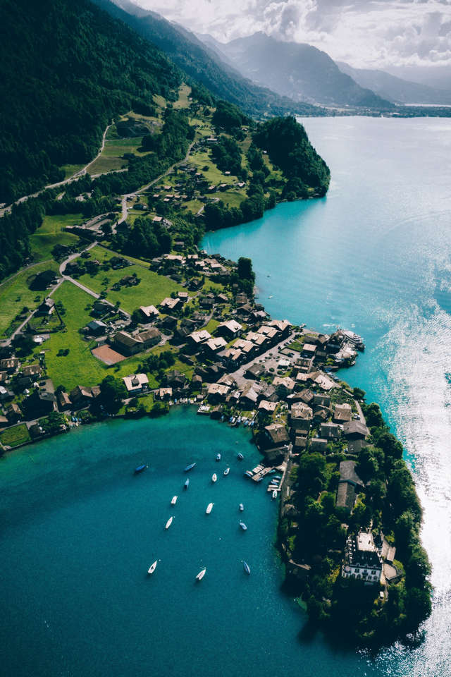 Switzerland country-thumbnail